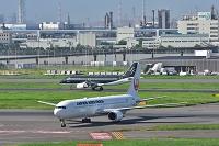 羽田空港 JAL B767-300  STARFLYER A320-200