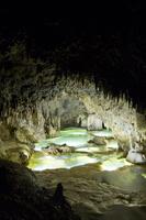 鹿児島県 沖永良部島にある大山水鏡洞の内部