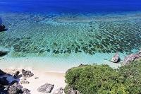 沖縄県 六畳ビーチとエメラルドグリーンの海 与那国島