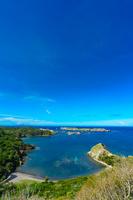 東京都 小笠原 中山峠から見るブタ海岸、南島と饅頭岬