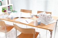 建築模型が置かれているテーブル
