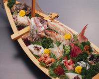 贅沢な鯛の刺身
