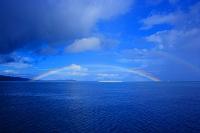 沖縄県 バラス島に虹が架かる
