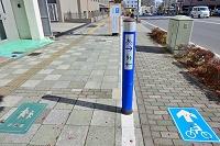 栃木県 宇都宮市 通行帯を分けた歩道