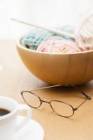 編み物とメガネ