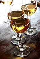 ワインが注がれたグラス