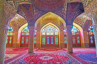 イラン シーラーズ ナスィーロル・モルク・モスク