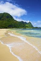 ハワイ ワイルア 波打ち際