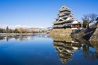 長野県 北アルプス(常念岳)と松本城
