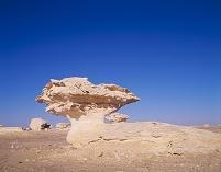 エジプト 白砂漠 奇岩
