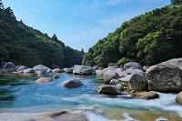 横河渓谷(よっごけいこく) 屋久島最大級の渓谷