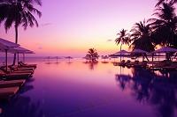 モルディブ プールの夜景