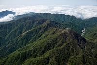 神奈川県 丹沢山地(蛭ヶ岳山頂より丹沢山方面)