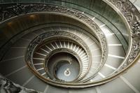 バチカン市国 バチカン美術館 らせん階段