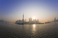 中国 上海 外灘より浦東の高層ビル群