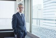 シニアの日本人ビジネスマン