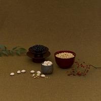 器に盛った穀物