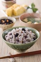 食卓の雑穀ご飯
