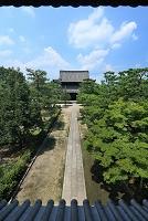 京都府 建仁寺 三門から法堂