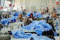 イラクにある織物工場 国連援助で営業を再開
