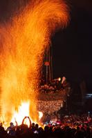 長野県 野沢温泉の道祖神祭り