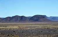 モロッコ ティネリールからティネジダッド 途中でみられる地層