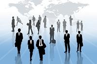 ビジネスマンとビジネスウーマンのシルエットと世界地図CG