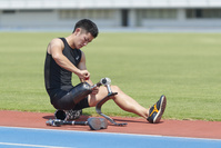 義足を切り替える義足陸上競技選手