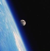 地球軌道より見る地球と月