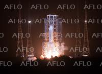 中国、無人月面探査機の打ち上げ成功