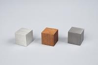立方体のアルミと銅と鉄
