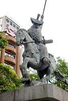太田道灌騎馬像