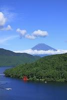 神奈川県 箱根町 富士山と芦ノ湖
