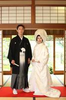 結婚式 和装の新郎新婦