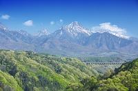 山梨県 八ヶ岳と高原大橋