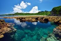 沖縄県 国頭村 沖縄本島最北端・辺戸岬のタイドプール(潮だまり)