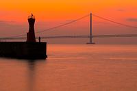 兵庫県 明石港より明石海峡大橋