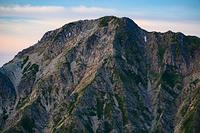唐松岳頂上山荘から見る五竜岳