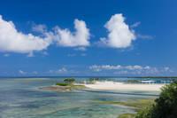 沖縄県 沖縄海洋博公園のエメラルドビーチ