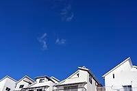 青空と住宅