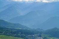 長野県 岩岳から栂池高原と朝の山陵