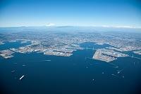 神奈川県 横浜港と市街地