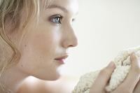 美しい外国人女性の横顔
