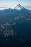 山梨県 青木が原(樹海)周辺より富士山