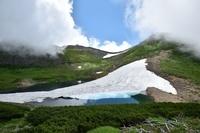 岐阜県 乗鞍岳 不消ヶ池と雪渓