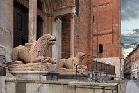 イタリア クレモナ クレモナ大聖堂 ライオンの石像