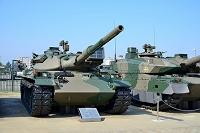 陸上自衛隊 74式 戦車 (ななよん式 戦車)