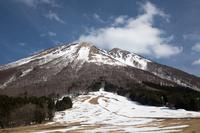 鳥取県 伯耆大山 桝水高原より大山