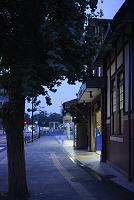 東京都 歩道から見た原宿駅舎