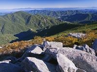 山梨県, 黄葉の金峰山より北東方面展望, 奥秩父山塊